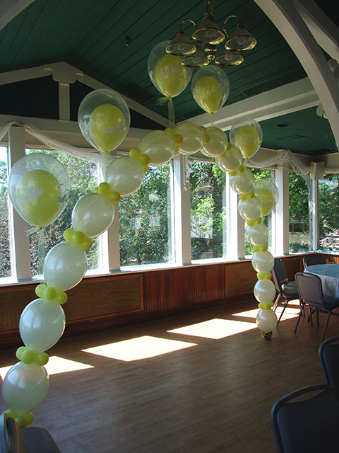 balloon wedding arch2
