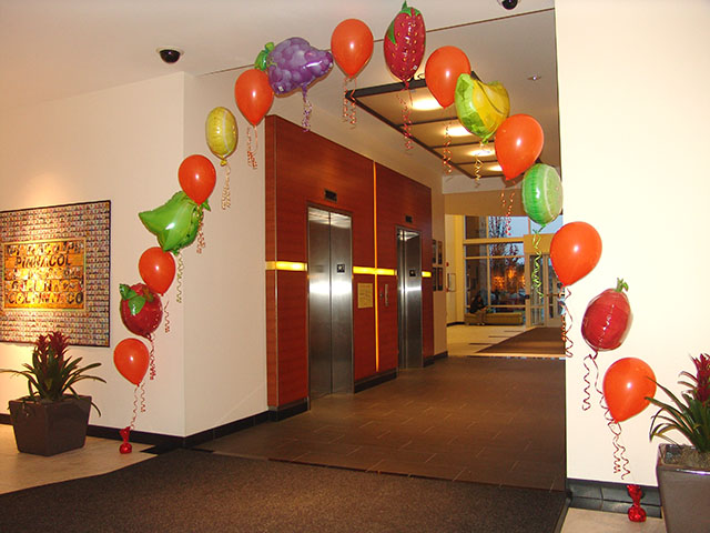 fruit and vegetable balloon arch