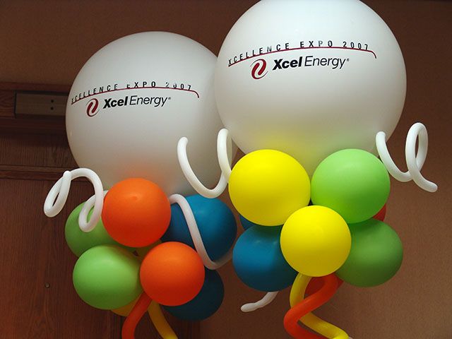 very cool balloon directionals with custom logos