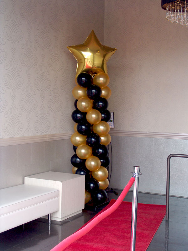 Hollywood themed party balloon decorations denver